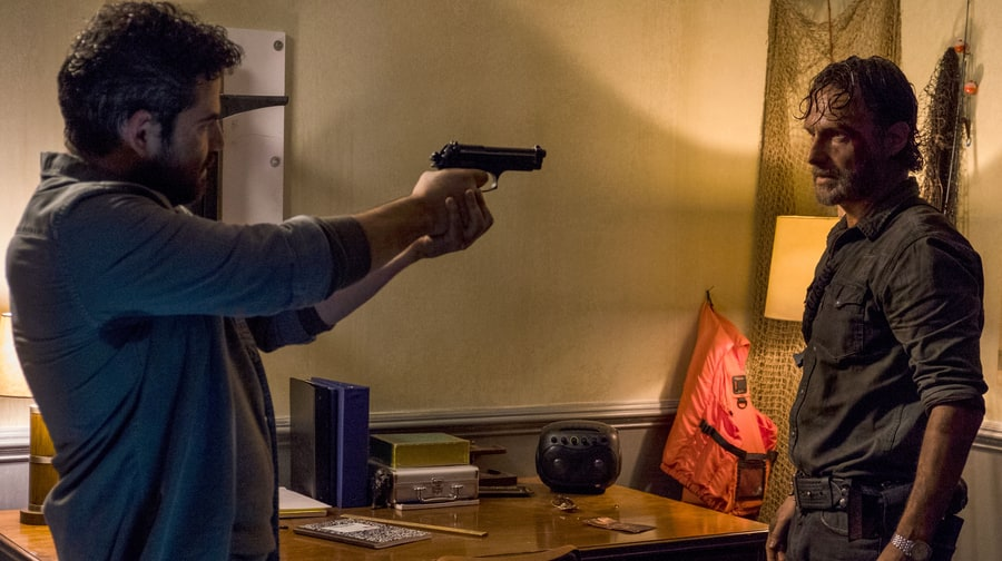 'The Walking Dead' Recap: Damaged Goods