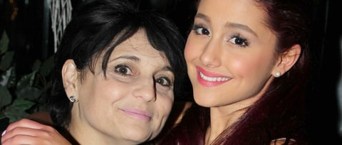 Ariana Grande's Mom on Manchester Attack: 'I Stand With You All'