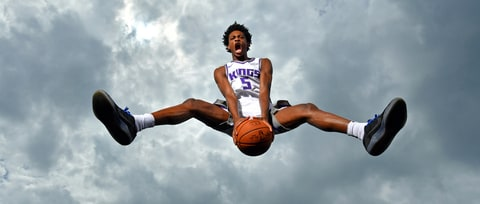 Kings' Rookie De'Aaron Fox on Video Games, His Beef With In-N-Out Burger