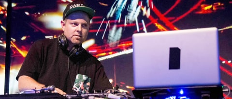 DJ Shadow Selling Rare Records at Madlib Event