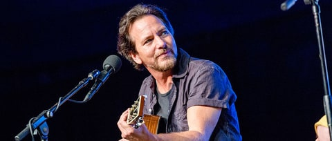 Eddie Vedder Plays First Show Since Chris Cornell's Death