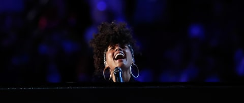 Watch Alicia Keys Close DNC Day Two With Electrifying 'Superwoman'