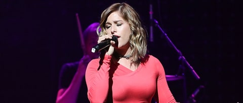 See Cassadee Pope's Ethereal Tammy Wynette Cover on the Opry