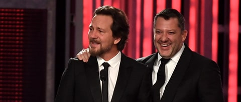 Watch Eddie Vedder Honor Tony Stewart at NASCAR Gala