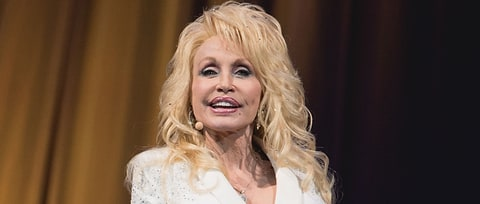 Dolly Parton Recruits Reba McEntire, Alison Krauss for Wildfire Benefit