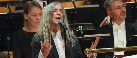 Patti Smith Covers Bob Dylan's 'Hard Rain's A-Gonna Fall' at Nobel Ceremony