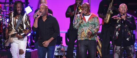See Darius Rucker, Earth, Wind & Fire's Funky 'Shining Star' on 'Crossroads'