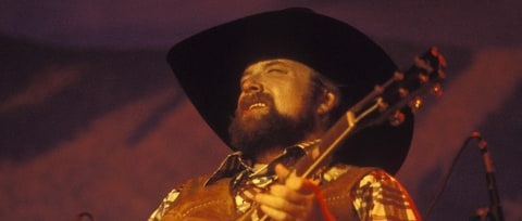Flashback: Charlie Daniels Embodies the 'Long Haired Country Boy'