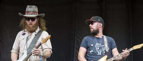 Hear Brothers Osborne, Chris Shiflett Talk Guitar Solos, Charlie Worsham