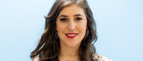 'Big Bang Theory' Actress Mayim Bialik Defends Sexual Harassment Comments