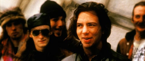 Pearl Jam's 'Vs.': How Band Battled Stardom on Angry Sophomore LP