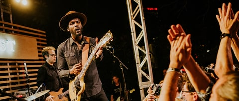 Watch Gary Clark Jr. Praise Childish Gambino, Beyonce