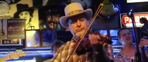 Opry Fiddle Player Hoot Hester Dead at 65