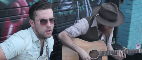 See Brothers Osborne Busk 'Down Home' on a Texas Street