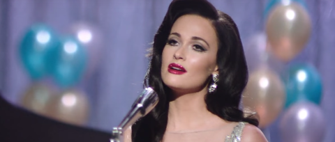 Watch Kacey Musgraves Go Glam for 'New Year's Eve' Video