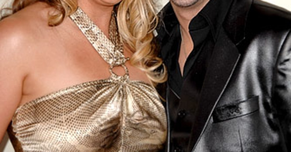 Chris Daughtry And Deanna Robertson Love Lives Of