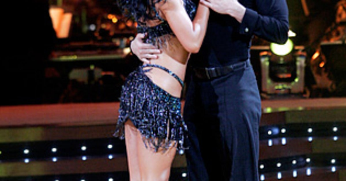 whos dating on dancing with the stars 2016 Watch dancing with the stars - season 22, episode 1 - 2016/03/21:.