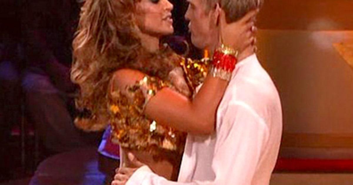 Dancing With The Stars Hookups Breakups: Aaron Carter, Karina Smirnoff