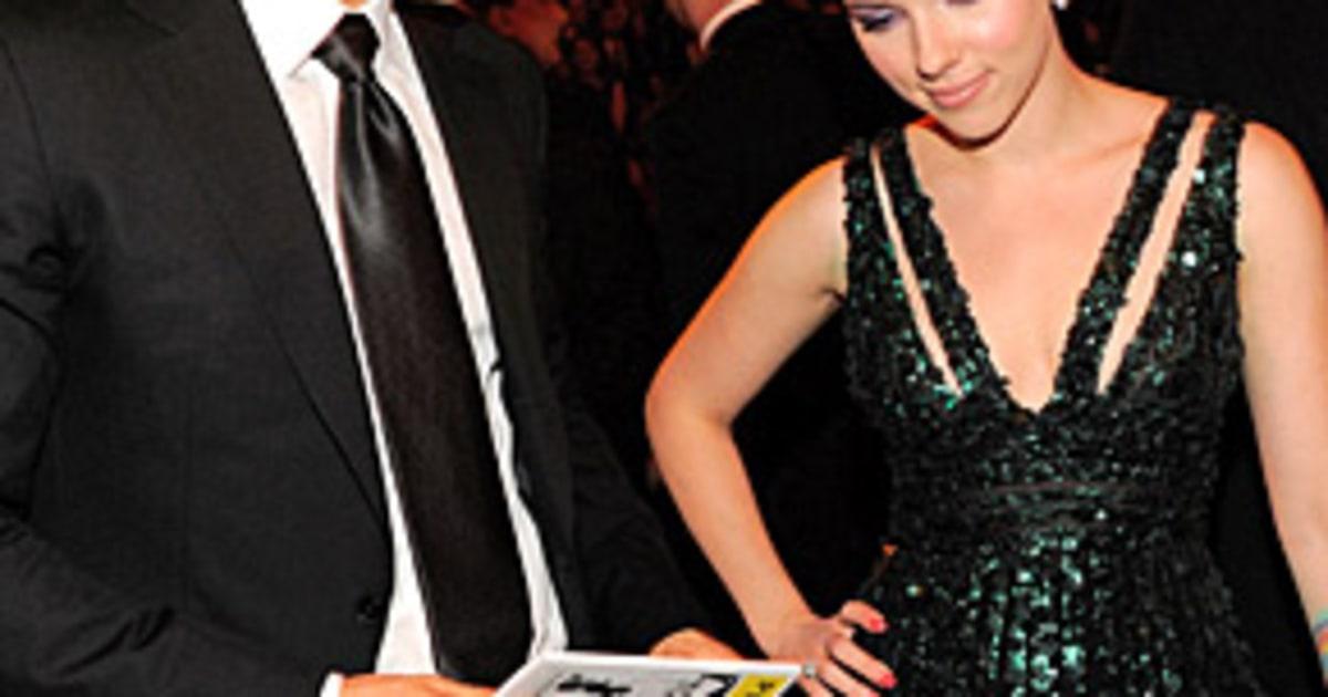 Ryan Reynolds, Scarlet...