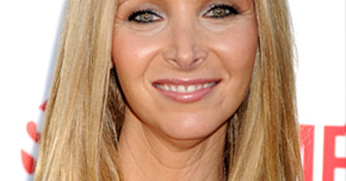 25 Things You Don T Know About Me Lisa Kudrow Us Weekly