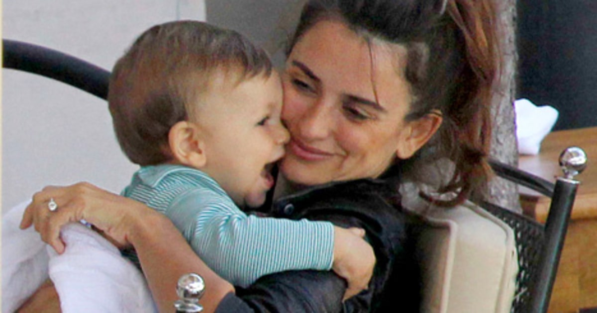 Penelope Cruz, Javier Bardem Take Son Leo, 10 Months, For Lunch in ... Beyonce Knowles