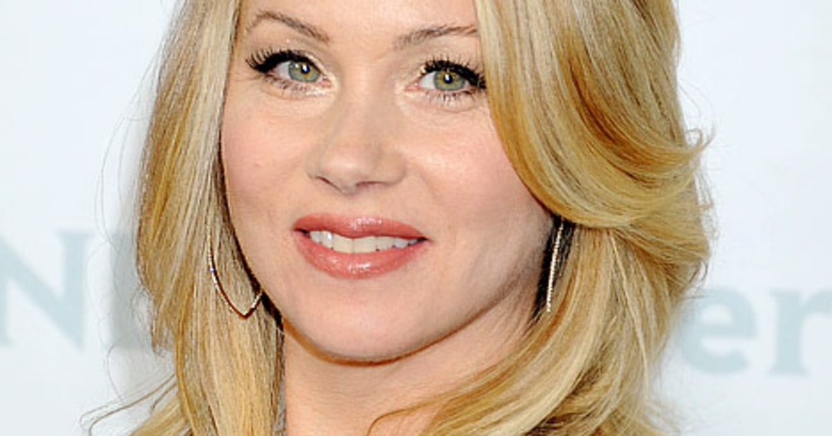 25 Things You Don't Know About Me: Christina Applegate ...   1200 x 630 jpeg 88kB