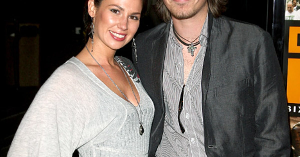 Taylor Hanson Expecting Fifth Child - Us Weekly