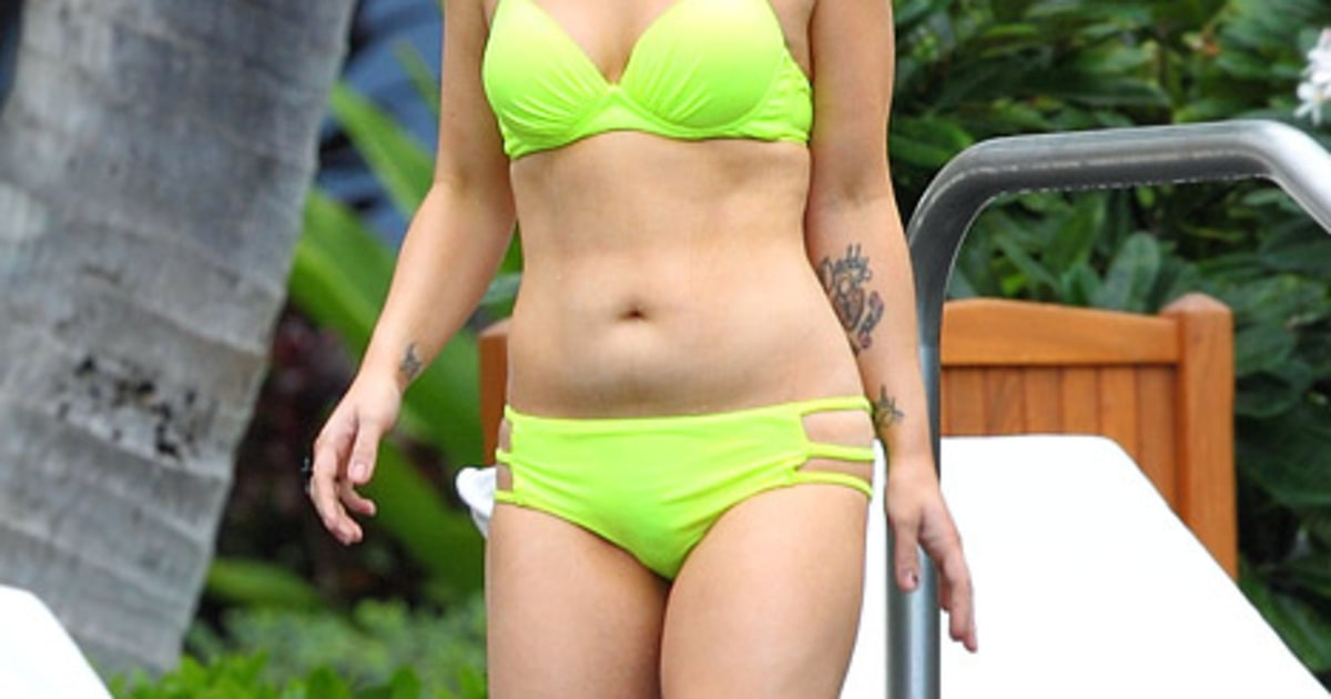 R Kelly And His Wife And Kids Hot! Kelly Osbourne Sh...