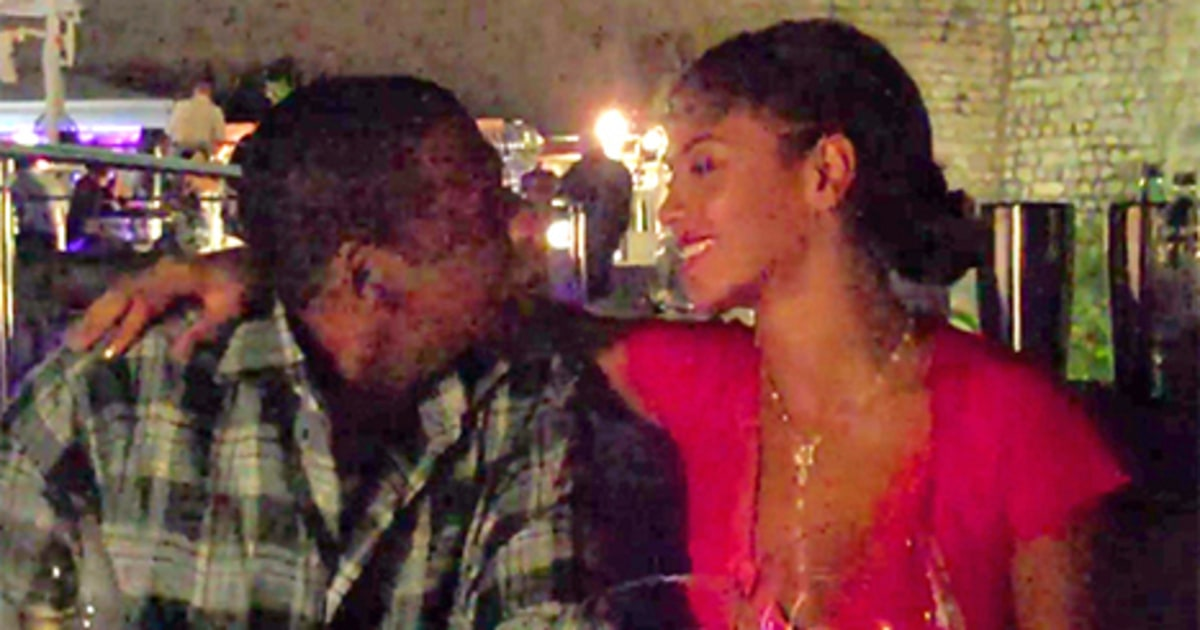 beyonce and jay z sing coldplay39s quotyellowquot to each other With jay z beyonce documentary