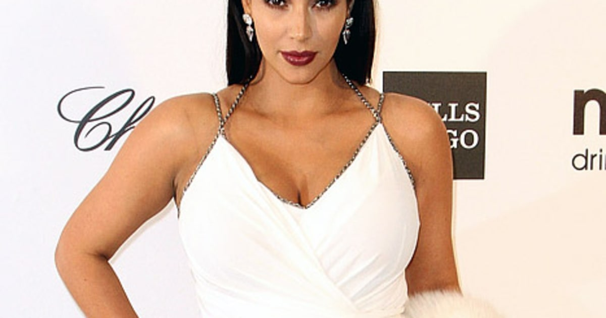 Kim Kardashian Raves About Perfect Maternity Jeans In First Mommy Blog Post 2013262 as well Oscars 2017 memes best picture ryan gosling furthermore plete Oscars 2017 Winners List together with 98468916 likewise Justin Timberlake Opens 89th Oscars. on oscar mixup moonlight