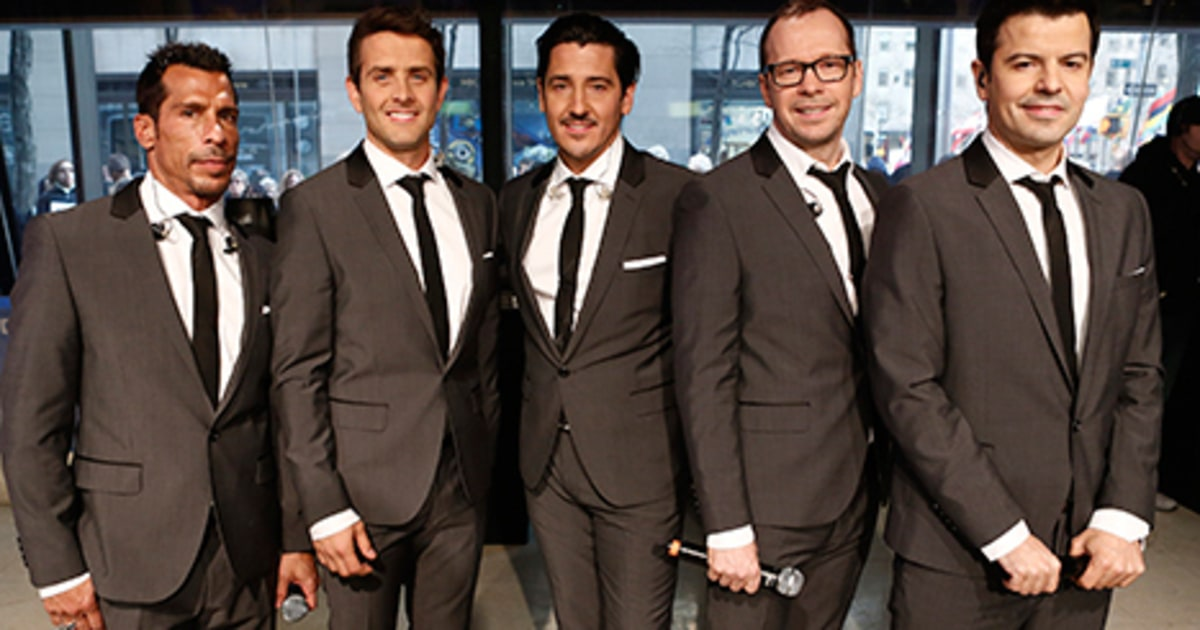 Jonathan Knight Apologizes To New Kids On The Block Fans