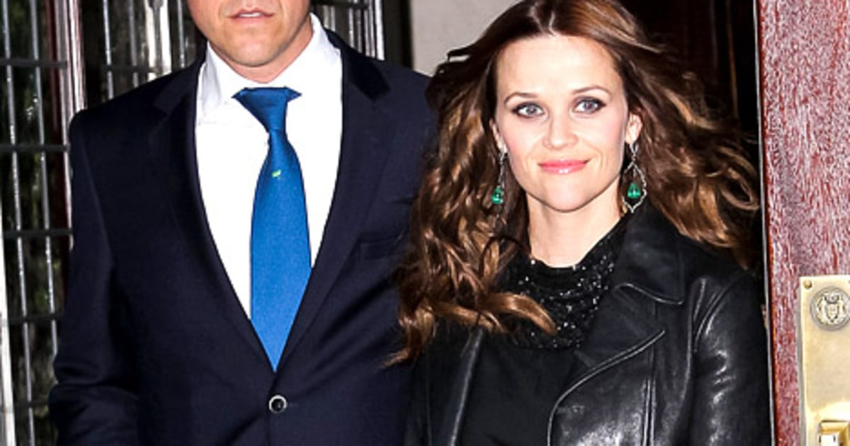 Reese Witherspoon Supported by Jim Toth, Gets Applause at Premiere ...