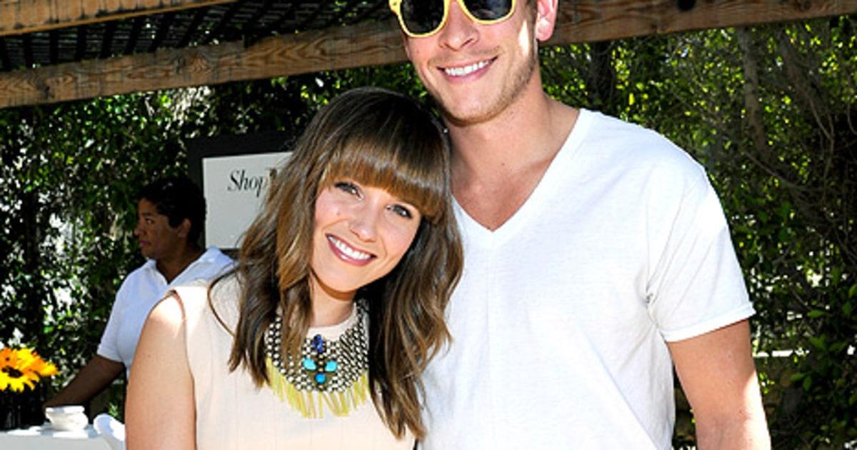 Sophia Bush Dating 2014 Actress sophia bush gushes