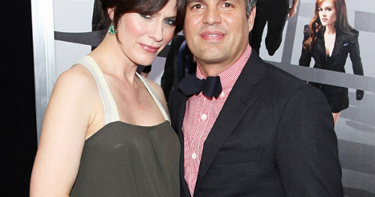mark ruffalo 39 s wife sunrise coigney dyes her hair brown. Black Bedroom Furniture Sets. Home Design Ideas