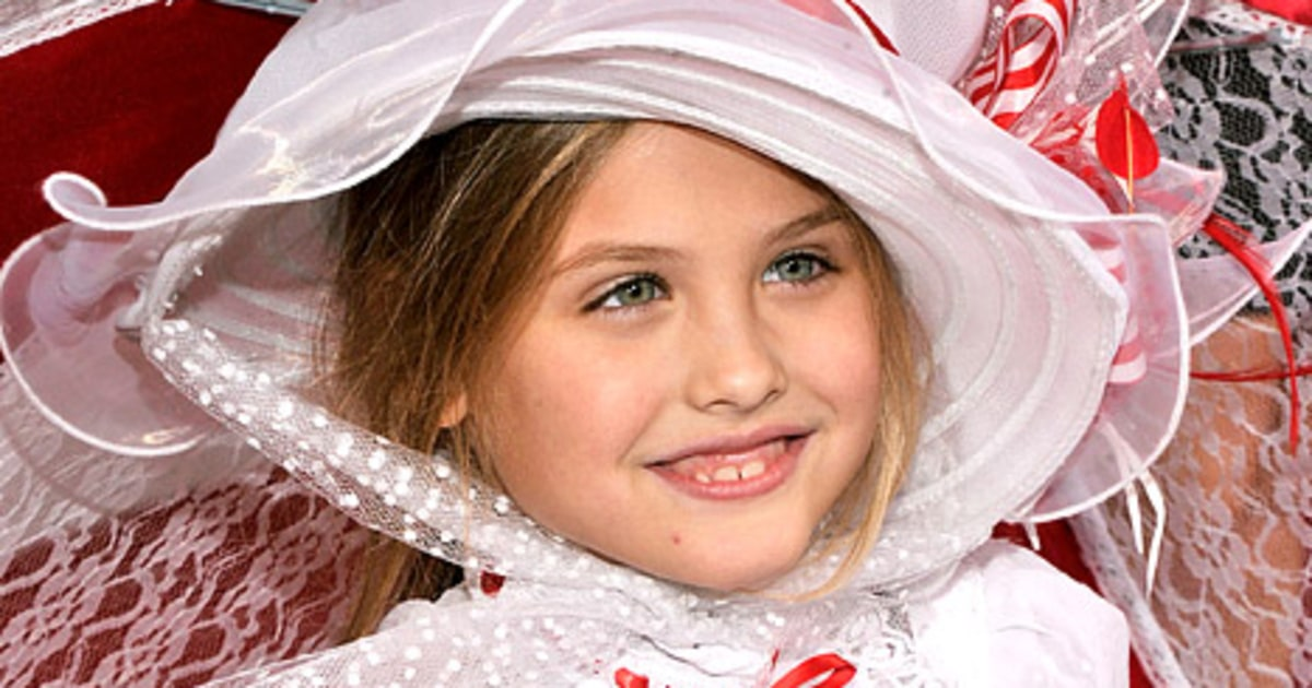 Anna Nicole Smith's Daughter Dannielynn Birkhead Might Get $49 Million ...