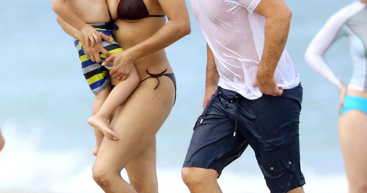 Paula Patton Bikini Body Picture Actress Vacations With