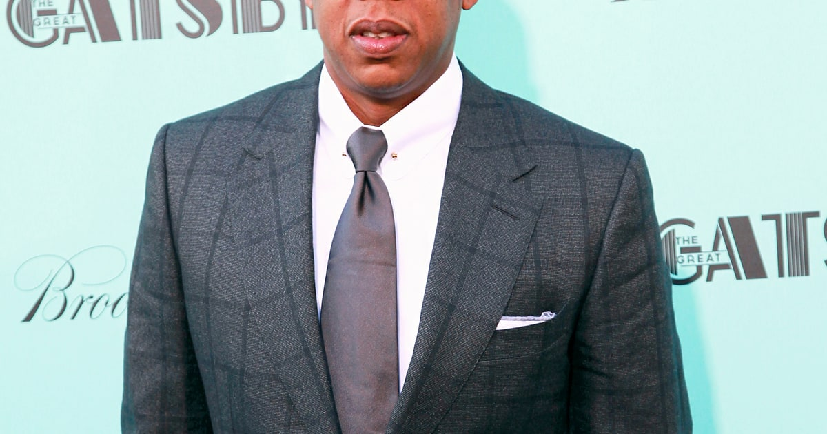Jay Z Says He S Being Quot Demonized Quot Amid Barneys Racial