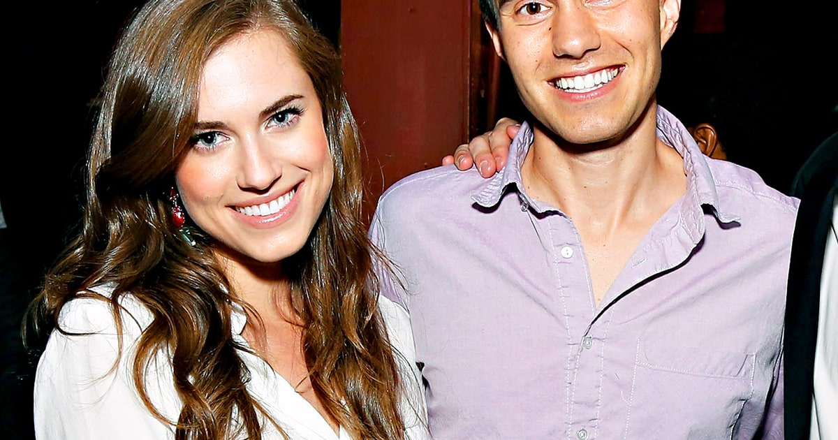 allison williams girls star engaged to boyfriend ricky