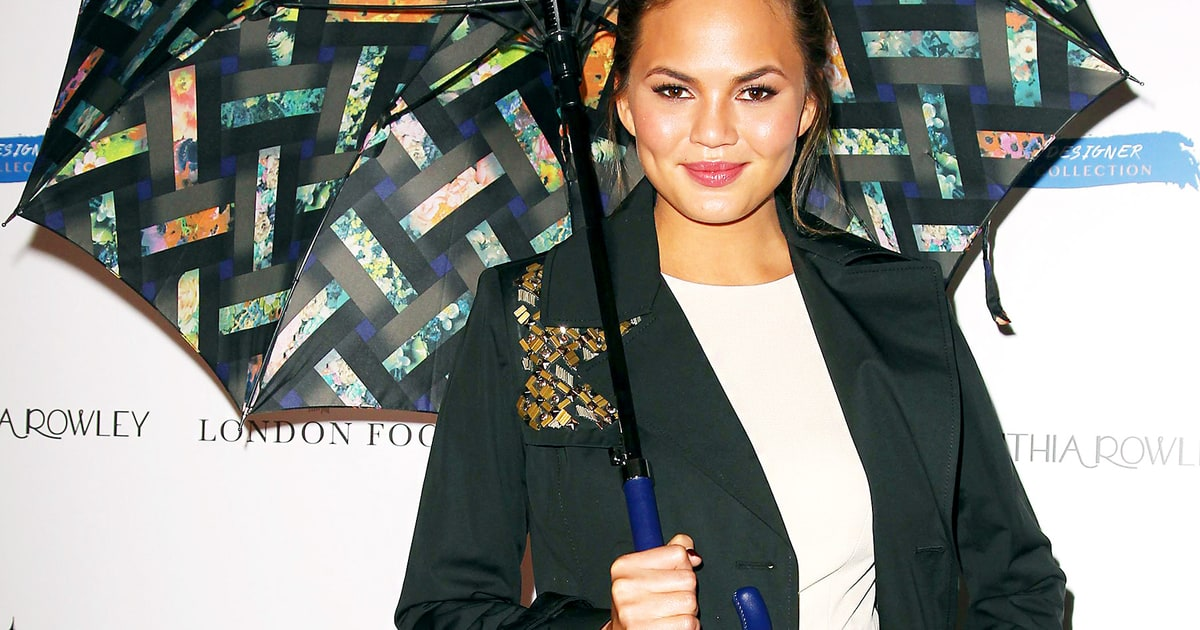 teigen gay singles Chrissy teigen is proud to stand among her colleagues in defense of keeping immigrant children with their families at the freedom for immigrants march in los angeles.