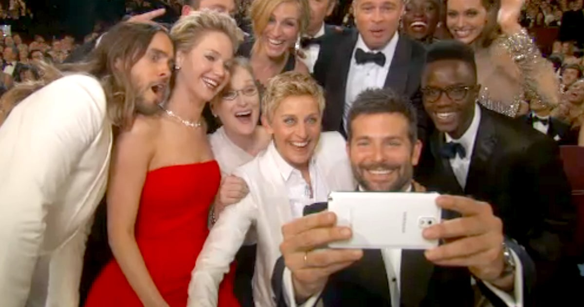 Ellen Degeneres' Ultimate Celebrity Oscars Selfie - people.com