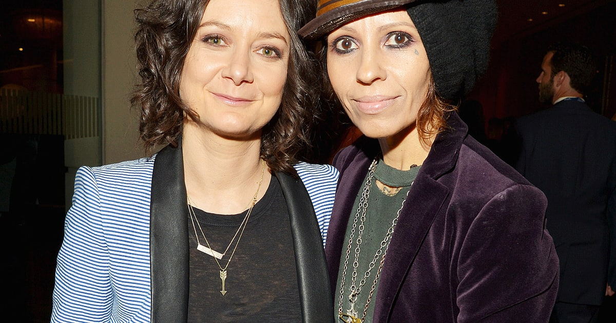 Sara Gilbert and Linda Perry Tie the Knot! - Us Weekly