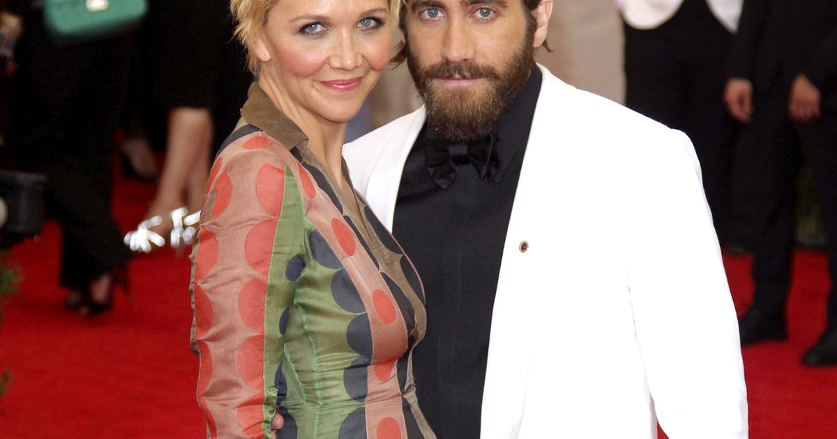 whos dating maggie gyllenhaal From disney princess to raunchy scenes with jake gyllenhaal love and other drugs stars hathaway as maggie 'i am dating him because he likes what i do for a.