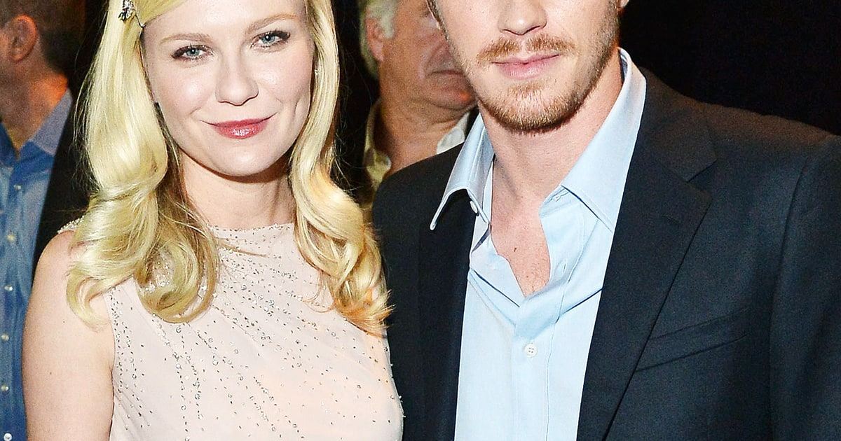 Kirsten Dunst Garrett Hedlund Relationship Quot Just Works Quot Actor Says Us Weekly