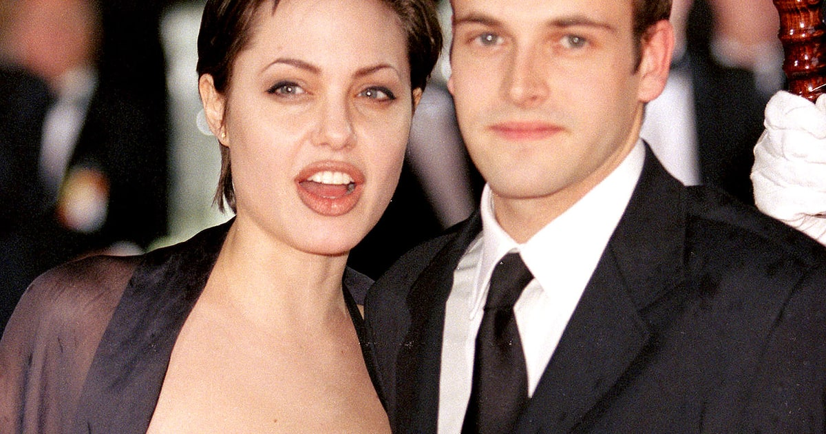 Angelina Jolie: Ex-Husband Jonny Lee Miller Is Still A ... Victoria Beckham For Target