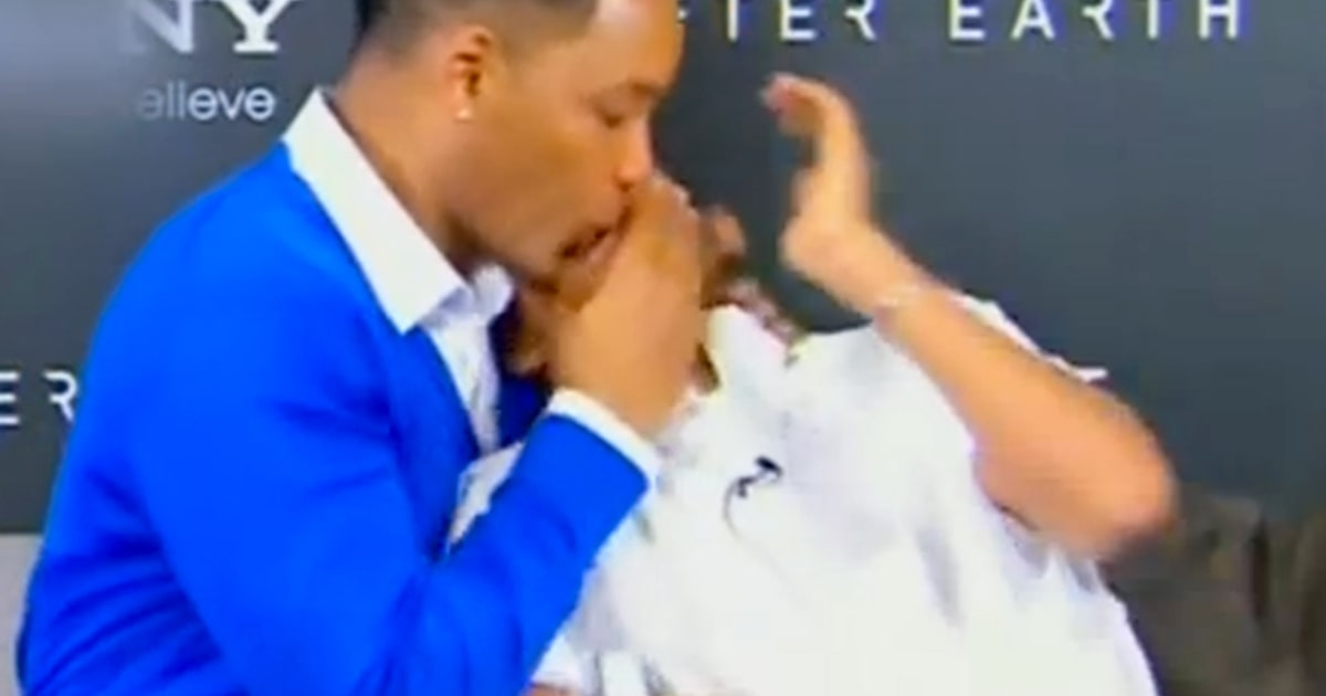 The Time When Will Smith Locked Lips With Jaden on TV ...
