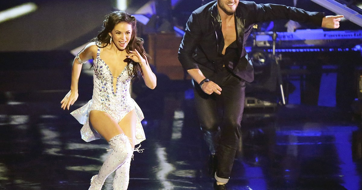 Is val from dancing with the stars still dating janel