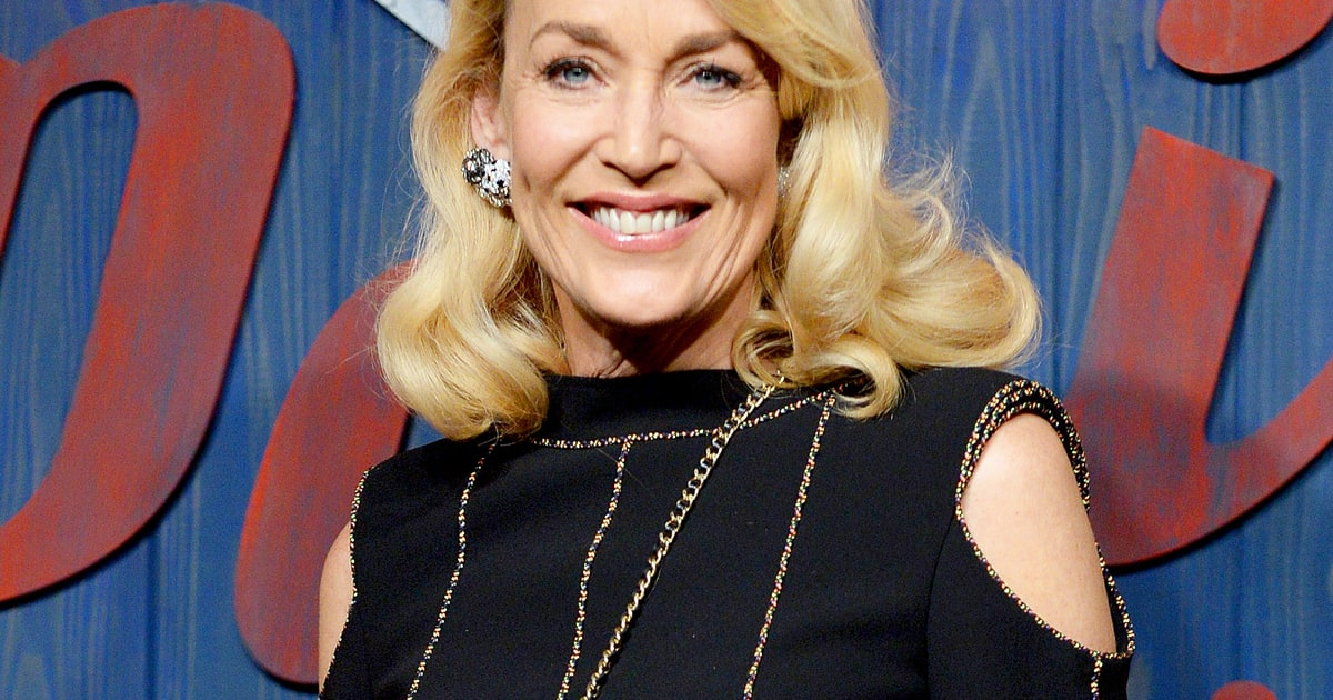 Jerry Hall Slams Quot Idiotic Quot Plastic Surgery And Quot Pathetic