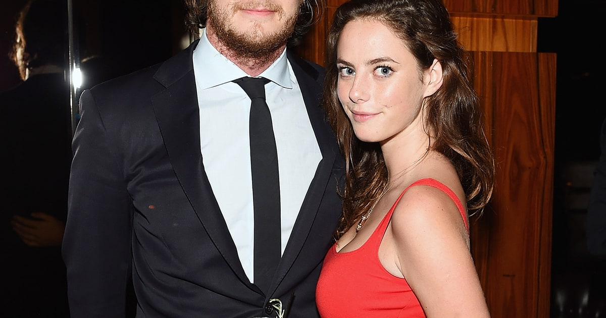 Kaya Scodelario Engaged To Benjamin Walker Us Weekly