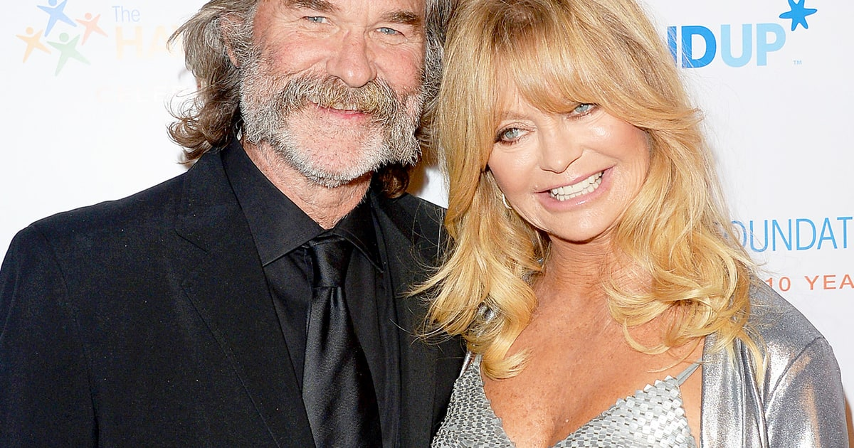 Goldie Hawn, Kurt Russell Snuggled Up To Watch Overboard