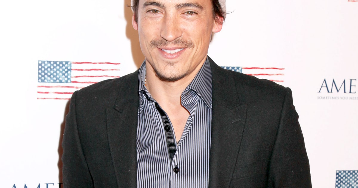 Andrew Keegan: Andrew Keegan Expecting First Child With Girlfriend Arista